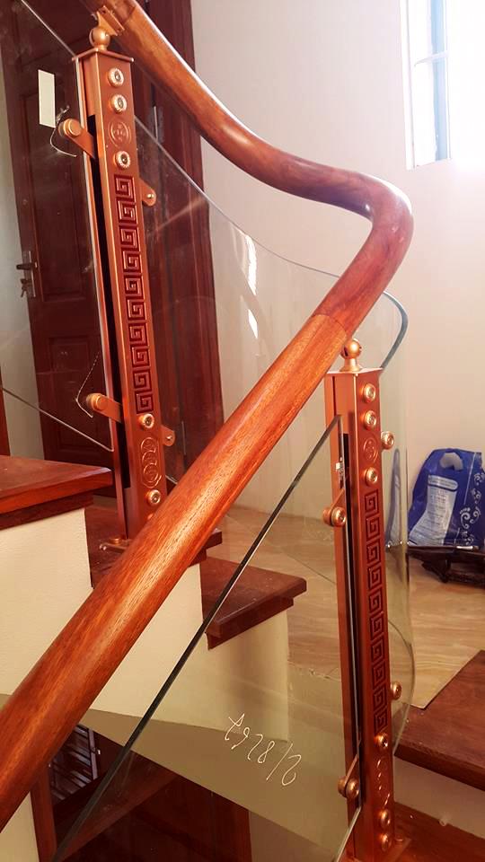 Cầu thang kính trụ hợp kim nhôm Juying JY2041