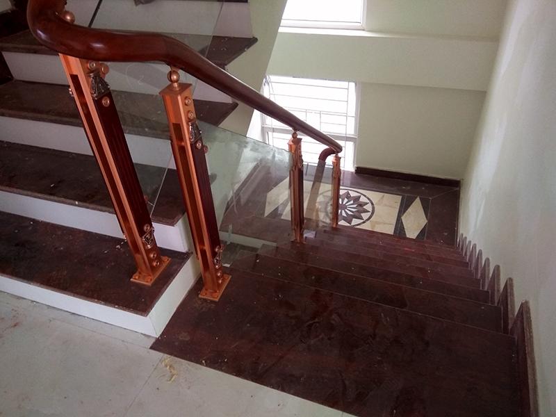 Cầu thang nhôm kính Juying 2040